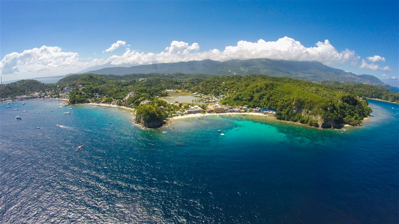 puerto galera big and beautiful singles Hotel rooms in puerto galera rooms, amenities & rates have one of the best natural harbors in the philippines and one of the most beautiful bays in the.